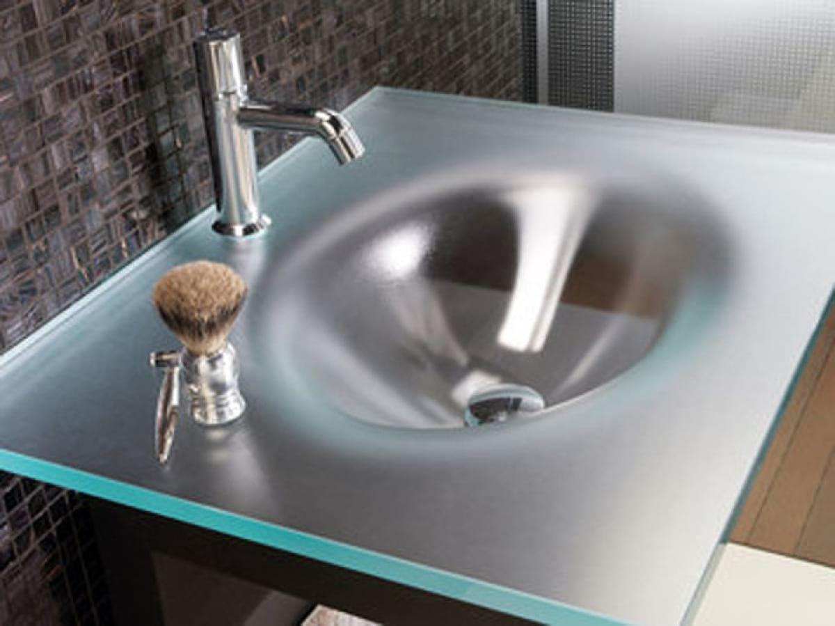Curved satin crystal washbasin