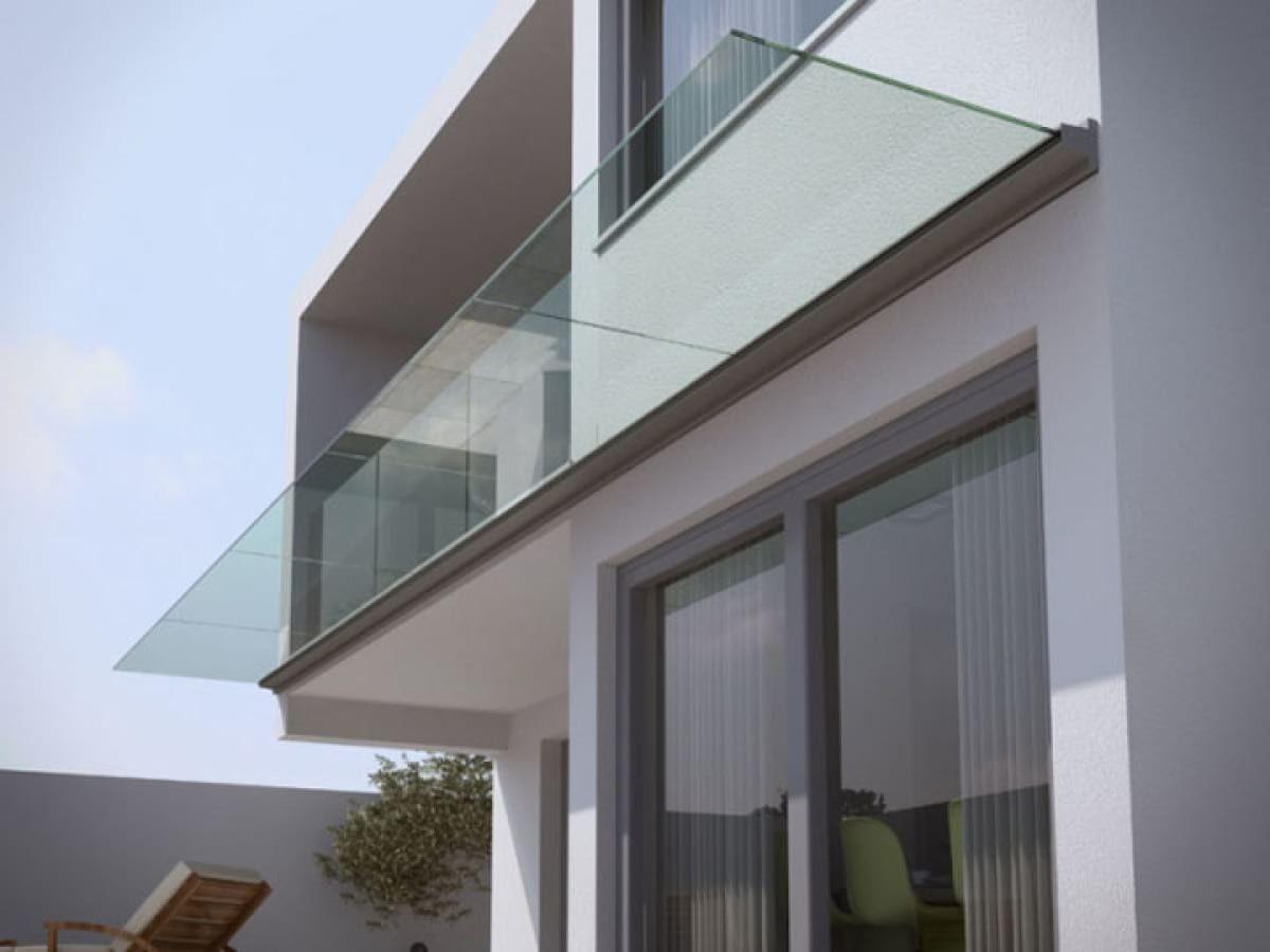 Flat glass shelter